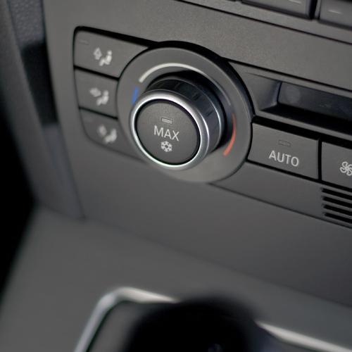 comment entretenir la climatisation de sa voiture garage sala tout sur l 39 automobile. Black Bedroom Furniture Sets. Home Design Ideas