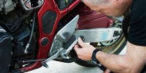 Faire soi-même la vidange de sa moto