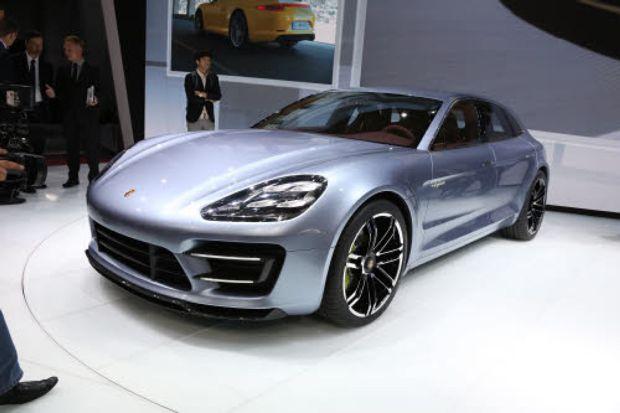 Le march des voitures de luxe est en plein essor garage for Garage qui reprend voiture